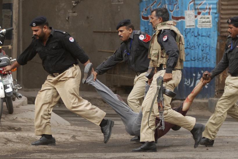 पाकिस्तानमा सेना र प्रहरीबीच भिडन्तमा,  १० काे मृत्यु