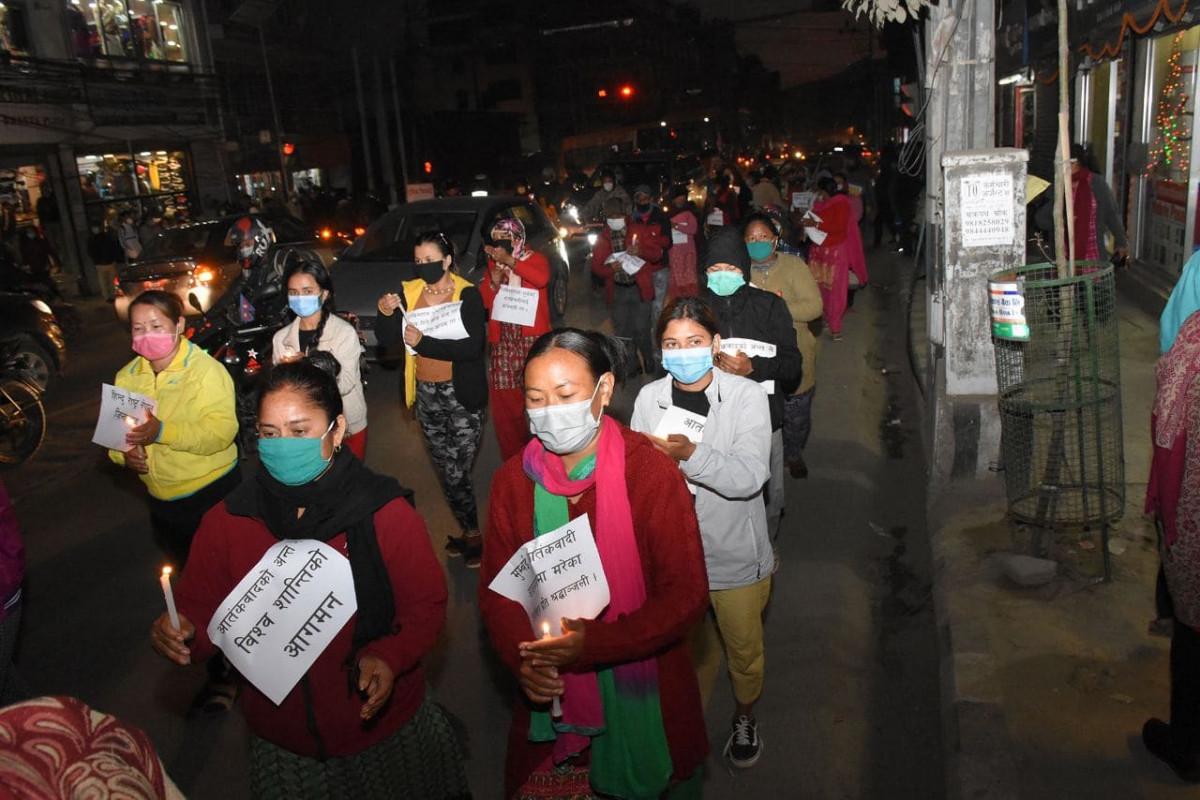 मुुम्बई हमलाको सम्झनामा काठमाडौंमा 'मैनबत्ती र्याली'