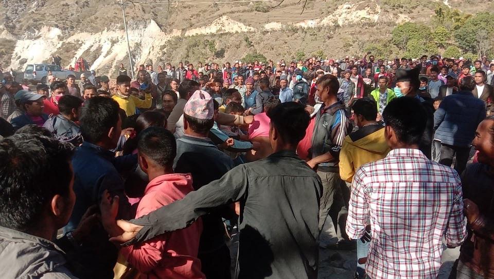 कांग्रेसका नेता साउदमाथि ओली समूहका कार्यकर्ताले गरे आक्रमण, ३ जना घाइते