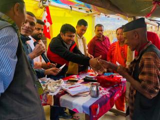 कम्युनिस्टभित्र विद्रोह : एमाले र माओवादी परित्याग गरी २३ जना कांग्रेसमा प्रवेश